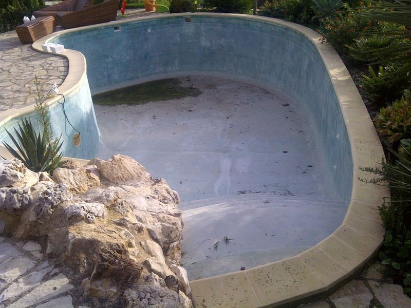 pool schwimmbad abdichtung renovierung leistungen. Black Bedroom Furniture Sets. Home Design Ideas