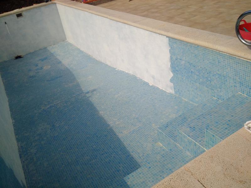 pool schwimmbad abdichtung renovierung angebote fl ssige poolabdichtung. Black Bedroom Furniture Sets. Home Design Ideas